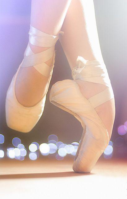 Pieds de danseuse.
