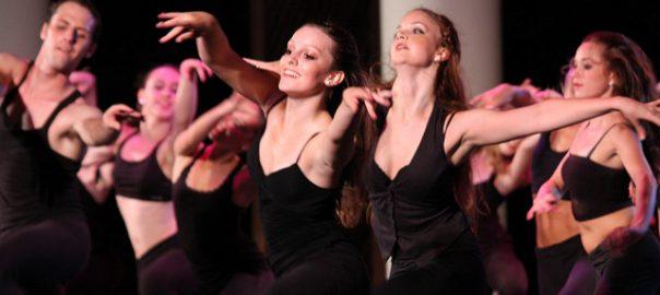 Danseuses et danseurs.