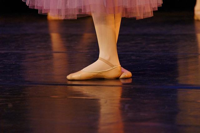Zoom sur les chaussons de danse de Valentine Colasante.