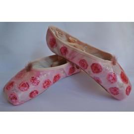 chaussons de pointes décorés main SEV LA VIE EN ROSE sur Repetto Alicia