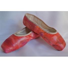"""chaussons de danse pointes décorés main SÈV """"KISS & FLY"""" sur Merlet Mira"""