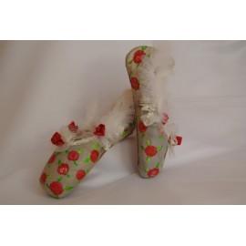 """chaussons de danse pointes décorés main SÈV """"ROSALIE"""" sur Capezio Bella"""