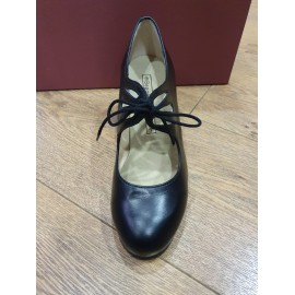 chaussures de danse flamenco BEGOÑA CERVERA M54 CORDONERA CALADO